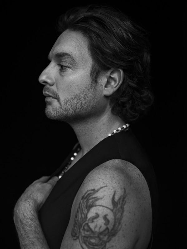 Yann Perreau - profil b&w