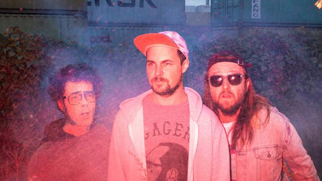 Misc unveils new album Partager l'ambulance